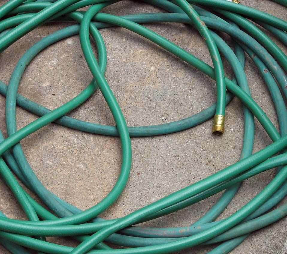 7715-a-green-garden-hose-pv
